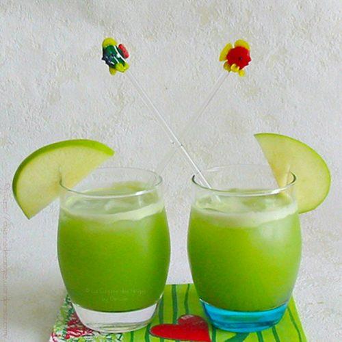 jus de fruits et légumes pomme verte concombre citron vert et basilic